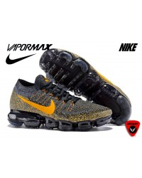 NIKE Air VAPORMAX FLYKNIT SHOE 2